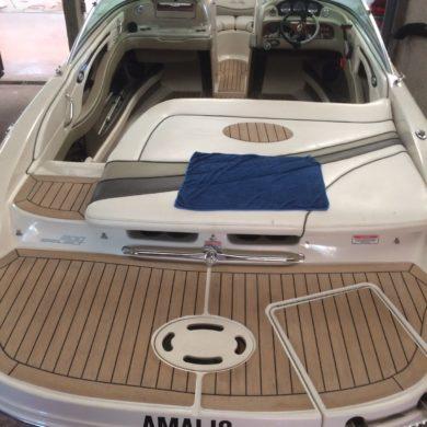 Four Winns Motorboat_Permateek Ash